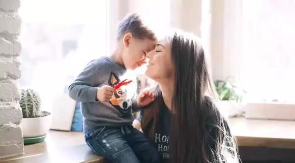 """""""妈妈,你怎么凶我,我都爱你!"""""""